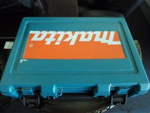 720W Makita HP2050 Drill