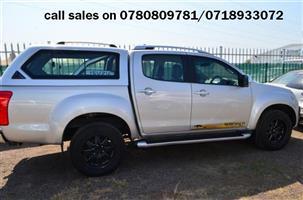 2015 Isuzu KB 300D Teq double cab 4x4 Serengeti