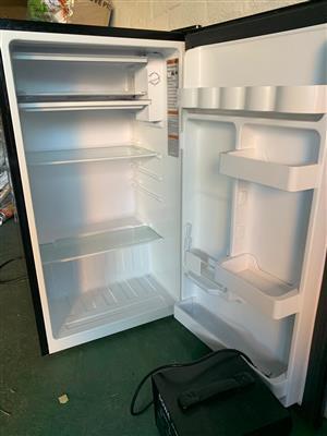 Haier Mini fridge/freezer
