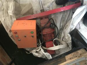 2,2kw variable speed motor brand new R40000 negotiable