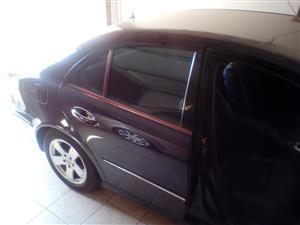 2004 Mercedes Benz E-Class E300 cabriolet
