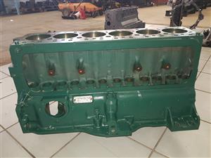 ADE 352 Engine Block