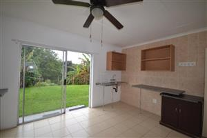 Woodmead garden cottage to rent for R3800