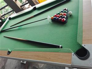 Shoot Pool Table with Accessories for Sale – R2000