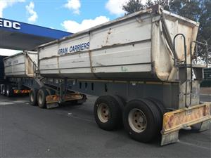 2010 Top Trailer Side Tipper with large bins