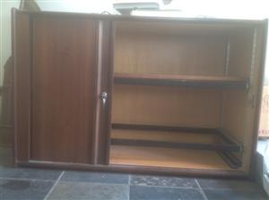Mahogany colour sliding door Credenza