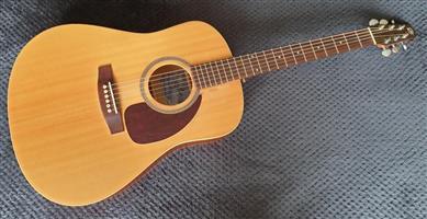 Seagull S6 Acoustic Guitar - Cedar Top - made in Canada
