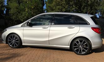2014 Mercedes Benz B Class B200 Turbo Sports Autotronic