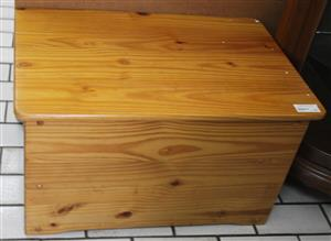 Toy box S032107F #Rosettenvillepawnshop