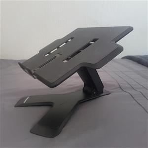 Adjustable Laptop / Controller / CDJ / Mixer stand