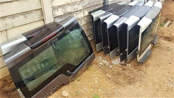 Upper Tail Doors for Discovery 3, 4 for sale | Auto Ezi