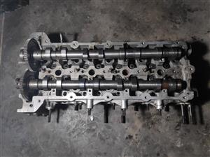 Cylinder Head with Cam Shafts for Jeep Wrangler/Chrysler Voyager 2.8