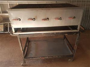 5 Burner stainless Steel gas braai on stand for sale