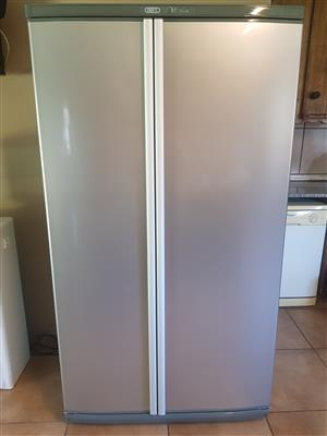 DEFY Fridge dubble door