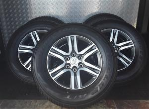 Bridgestone Dueler A/T 265 x 65 x 17 inch Tyres with Rims for Sale