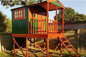 Doll houses and Jungle gyms for sale