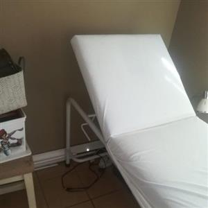 Salon massage Bed
