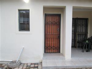 One Bedroom cottage for rent In President Park Midrand