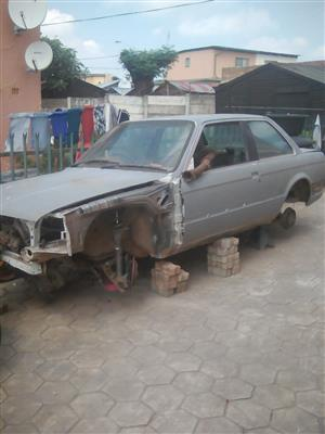 Complete body wit papers for sale bmw 2 door box shape