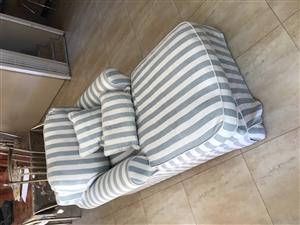 2 piece Coricraft lounge suite for sale
