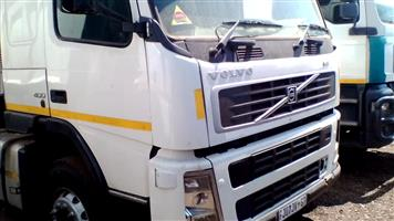 Volvo FM400 10 Cube Tipper