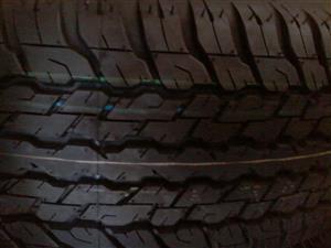 Tyres. 265.65.17 Dunlop Grandtrek