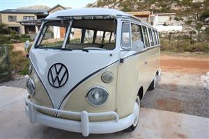 Restored 1965 Volkswagen Splitwindow T1 Kombi (Classic VW Micro bus)