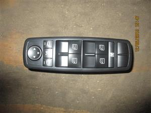 MERCEDES BENZ W164 WINDOW SWITCH FOR SALE