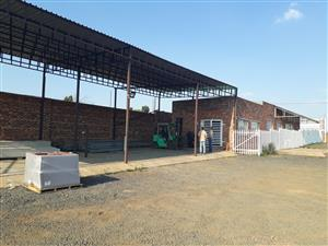 Huge 7000 m squate yard with offices