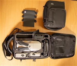 """DJI Mavic Pro Platinum """"Fly More"""" combo  in MINT condition for sale"""