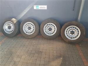 Rims with Continental tyres for sale 205 R16 C  110/108