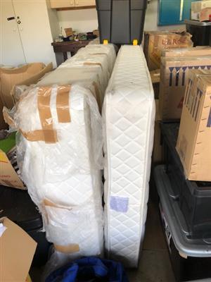 base and mattress three quarter