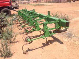 Green U Make 8 Row 0.76m Intergral Cultivator / Tussenry Skoffel Pre-Owned Implement