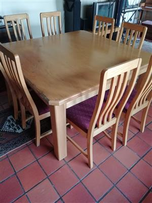 Eikehout/Oak Dining Set with Chairs