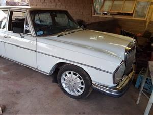 1969 Mercedes Benz W108 280S