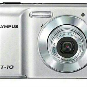 olympus T-10 ditigal camera with camera bag