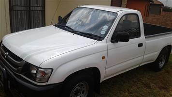 2005 Toyota Hilux 2.4GD