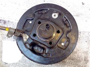 Rear Wheel Hub with Drum complete Sets, for Toyota Yaris, price R400