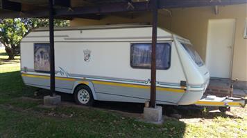 1996 JURGENS PENTA 4-Berth Caravan