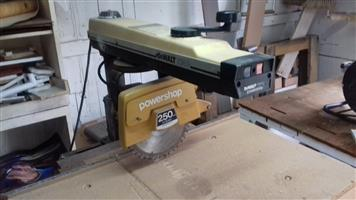 Used, Radial arm saw for sale  Secunda