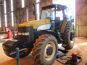New Holland TM7030 Series, 4x4 Tractor - ON AUCTION