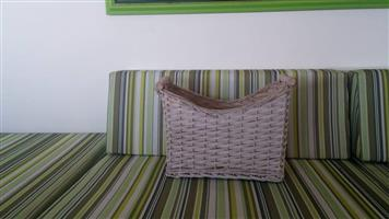 Square picnic basket for sale