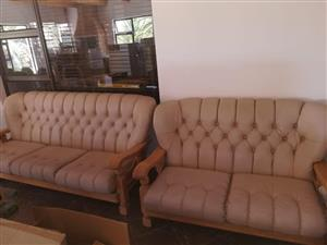 R3500, 6 Seater Oak Couches, Lounge Suite