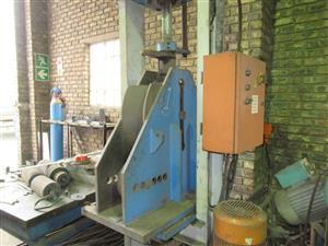 Hydraulic Pipe Bending Press