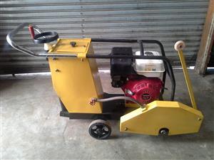 Honda Concrete Cutter