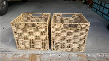 2 Woven carry baskets
