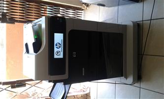 Hp Leserjet M4555 MFP Printer/COPIER