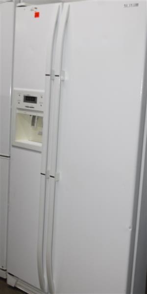 S035128A Samsung fridge with water dispenser #Rosettenvillepawnshop