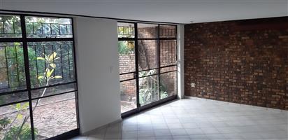 3 Bedroom duplex in secure complex in Val De Grace (Pretoria East)