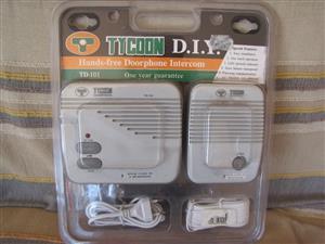 Intercom/Doorphone. Brand new, unopened. See photos. R250. ph 0834153008